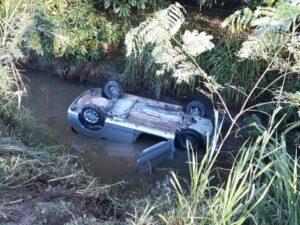 Conductora cayó a canal de riego en la vía Guamo-Espinal 1