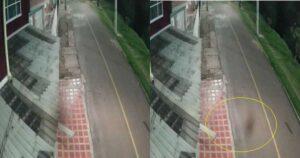 """""""Toca y sale corriendo"""": Graban supuesto fantasma caminando por las calles de Bogotá 1"""