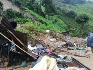 Los devastadores efectos de las lluvias en Chaparral y Rovira 1