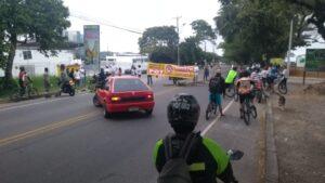 Protestaron los vecinos de la nueva sede de la Secretaría de Movilidad en Santo Domingo 1