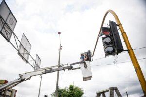 Inició mantenimiento de la red semafórica de Ibagué - 1