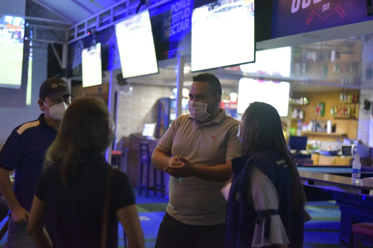 Ordenan cierre preventivo a bares por incumplimiento de protocolos sanitarios 2