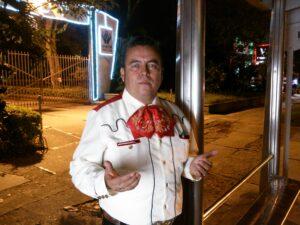 Mariachis de la calle 43 siguen en el rebusque nocturno 1