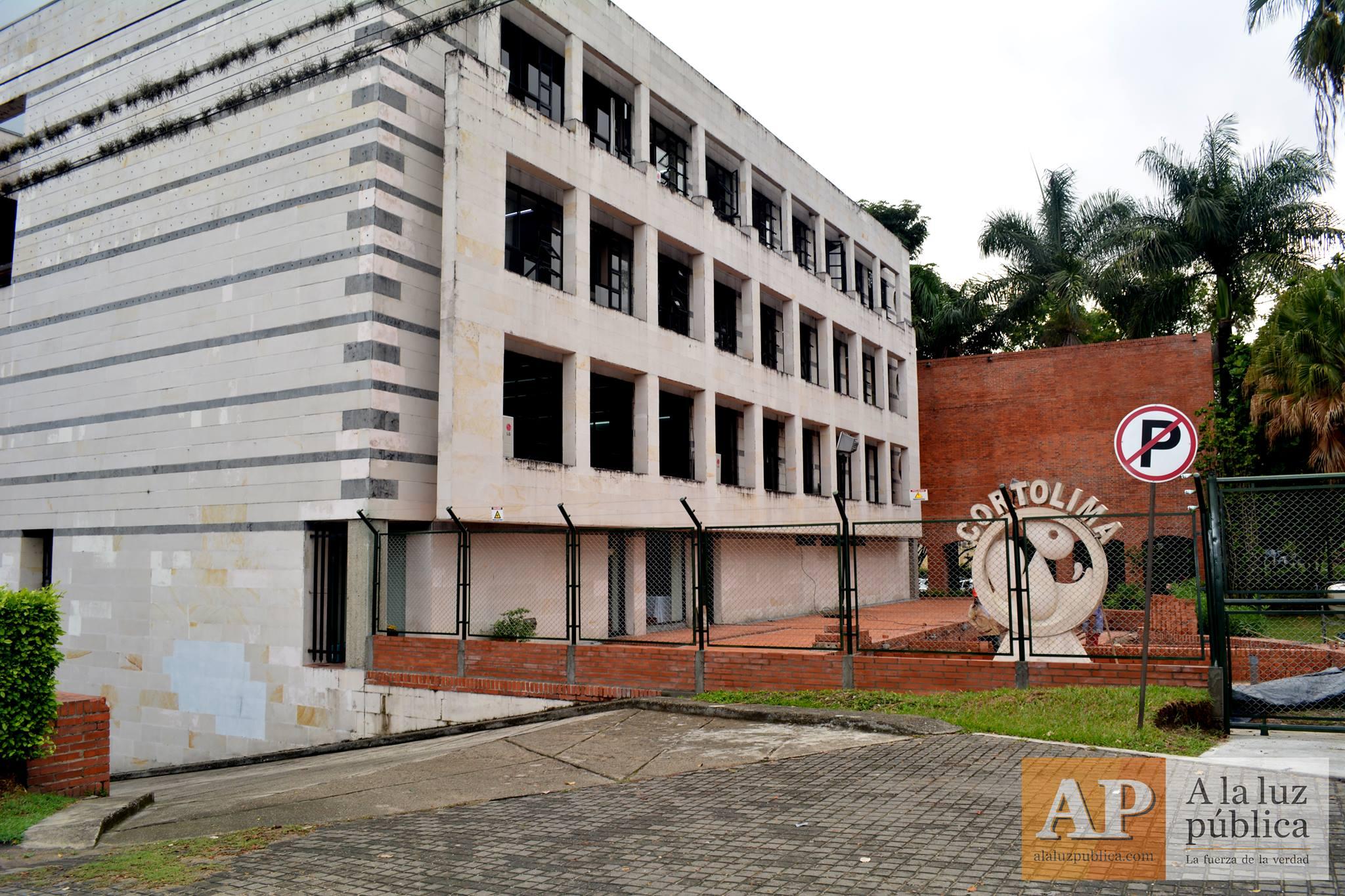 Un periodista y la hermana del alcalde de Ibagué renunciaron en Cortolima 2