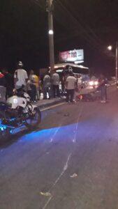 Una motociclista falleció este domingo luego de chocar contra un poste en la vía a Picaleña 1