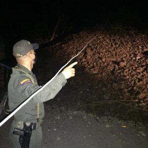 Deslizamiento incomunicó a Rioblanco con Chaparral, en el sur del Tolima 1