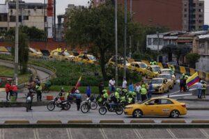 Avanza en calma la jornada de paro y protesta de taxistas en todo el País 1