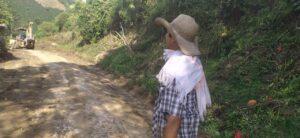 Administración Municipal interviene 24 kilómetros de la vía hacia China Alta - 1