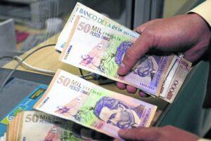 Gobierno buscará un 'equilibrio' para el incremento del salario mínimo 1