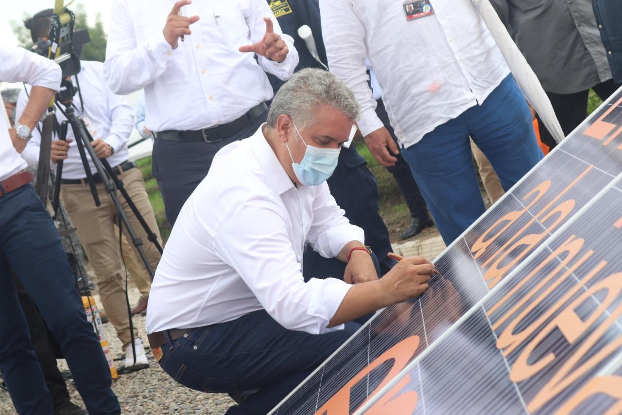 Celsia inaugura en Espinal la primera granja solar del Tolima 2