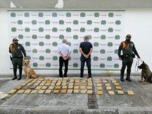 'Jeffry' detectó 37 kilos de marihuana en el baúl de un carro 1
