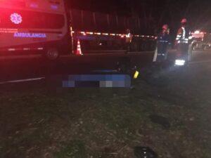 Motociclista falleció en accidente con un tracto camión entre Alvarado y Venadillo 1