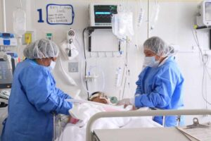 Once muertes y 326 nuevos contagios por Covid este lunes en el Tolima 1