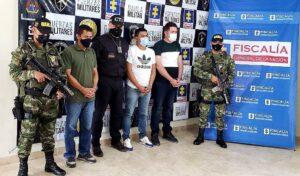 Ex policías de Ibagué secuestraron y extorsionaron a ecuatoriano y a su familia 1