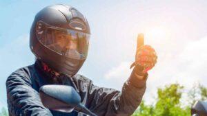 Atención motociclistas: Así son los nuevos casos que deberán utilizar desde enero 1