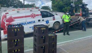 Aberrante: Ambulancia cargaba 'cajas' de cerveza en vez de pacientes 1