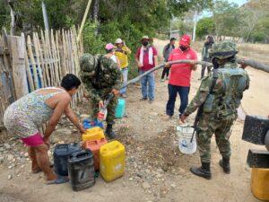 Soldados de la Sexta Brigada entregaron 50 mil litros de agua a comunidades indígenas de Coyaima 1