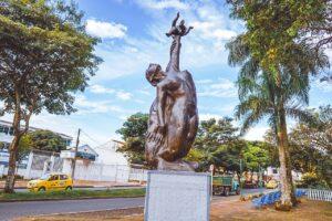Adelantan embellecimiento a monumentos de la ciudad 1