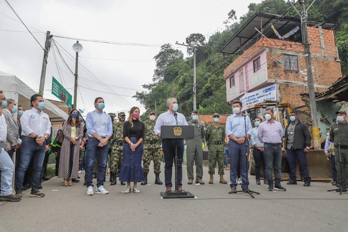 Con asistencia del presidente Duque, demolidas ollas de microtráfico en Ibagué 2