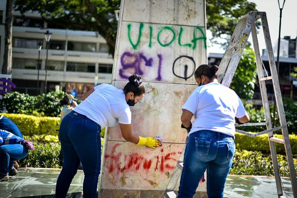 De 'grosera y atrevida' fue calificada la marcha feminista de Ibagué 2