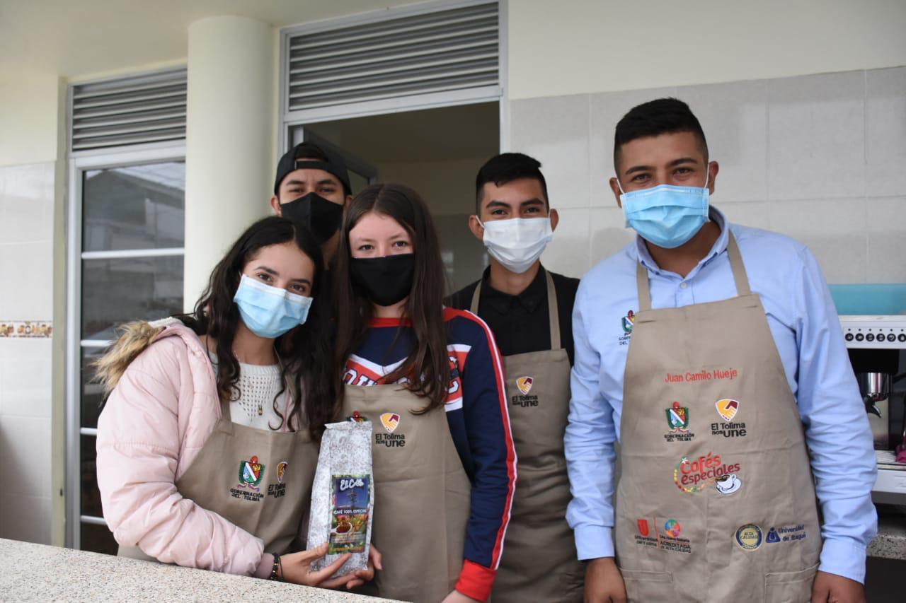 """""""En Herveo sí hay oportunidades de empleo para los jóvenes"""": Erika Flores 2"""