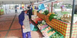 ¡Alístese para los Mercados Campesinos Móviles en el parque Murillo Toro! - 1