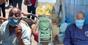 Niños llevaron a su abuelo en coche de bebé a vacunarlo 1