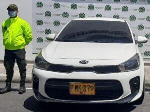 Policía recuperó en Ibagué un automóvil robado en Cali 1
