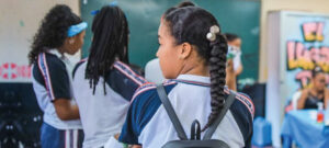 Gobierno Nacional insta a la apertura de colegios 1