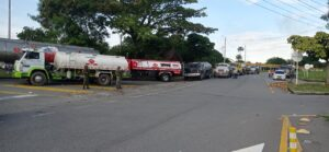 Manifestantes dieron vía libre al paso de combustible en el Tolima 1