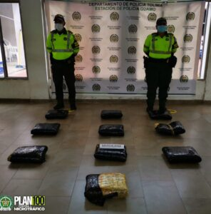 Inacutan 25 kilos de marihuana 1
