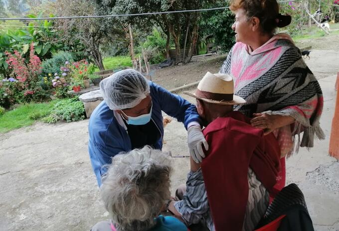 La difícil tarea de vacunar en antiguas zonas de conflicto en Tolima 2