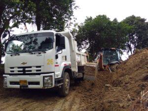 Alcaldía de Ibagué realiza mejoramiento vial en más de seis puntos de la zona rural 1